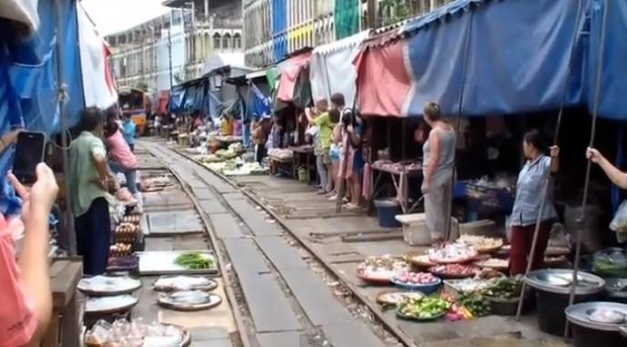Maeklong Market Train