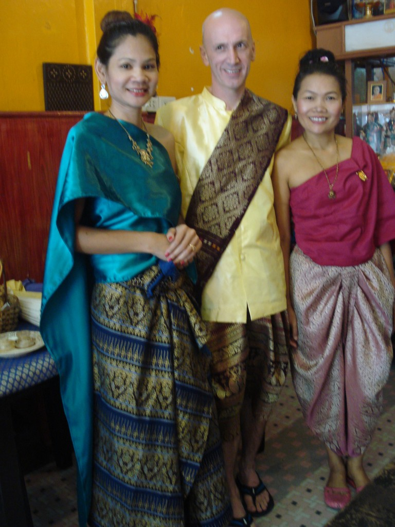 Miu, Manfred and May in Traditional Thai Dress