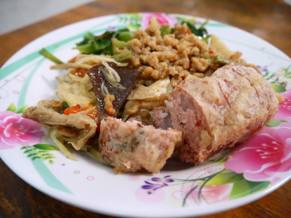 vegetarian restaurant in ayutthaya, thailand