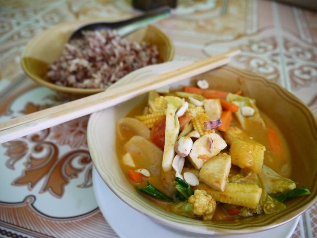 Massaman Curry at May Kaidee, Chiang Mai