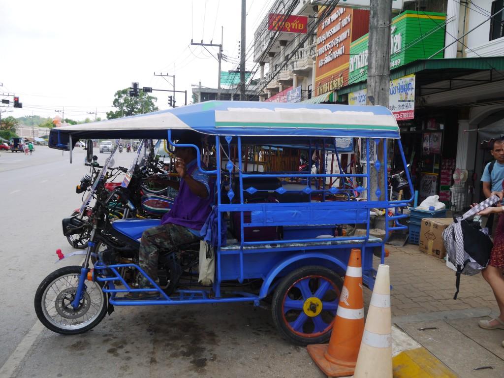Tuk-Tuk Waiting At Chiang Khong Bus Station