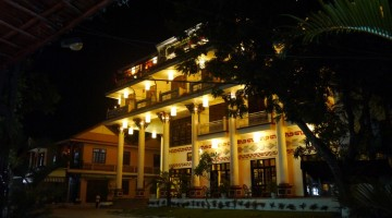 Hoi An Lantern Hotel At Night