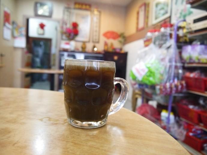 Kor Teh (Bitter Tea) At Shong Hor Hin Medicated Tea Stall