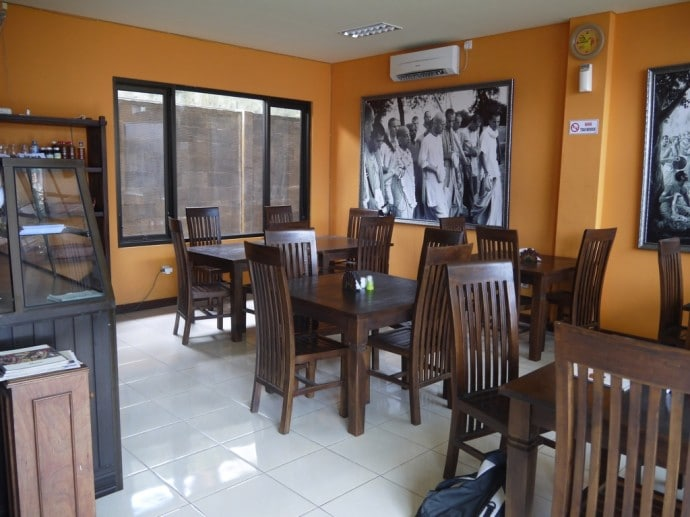 Happy Laksmi Vegetarian Restaurant, Denpasar, Bali