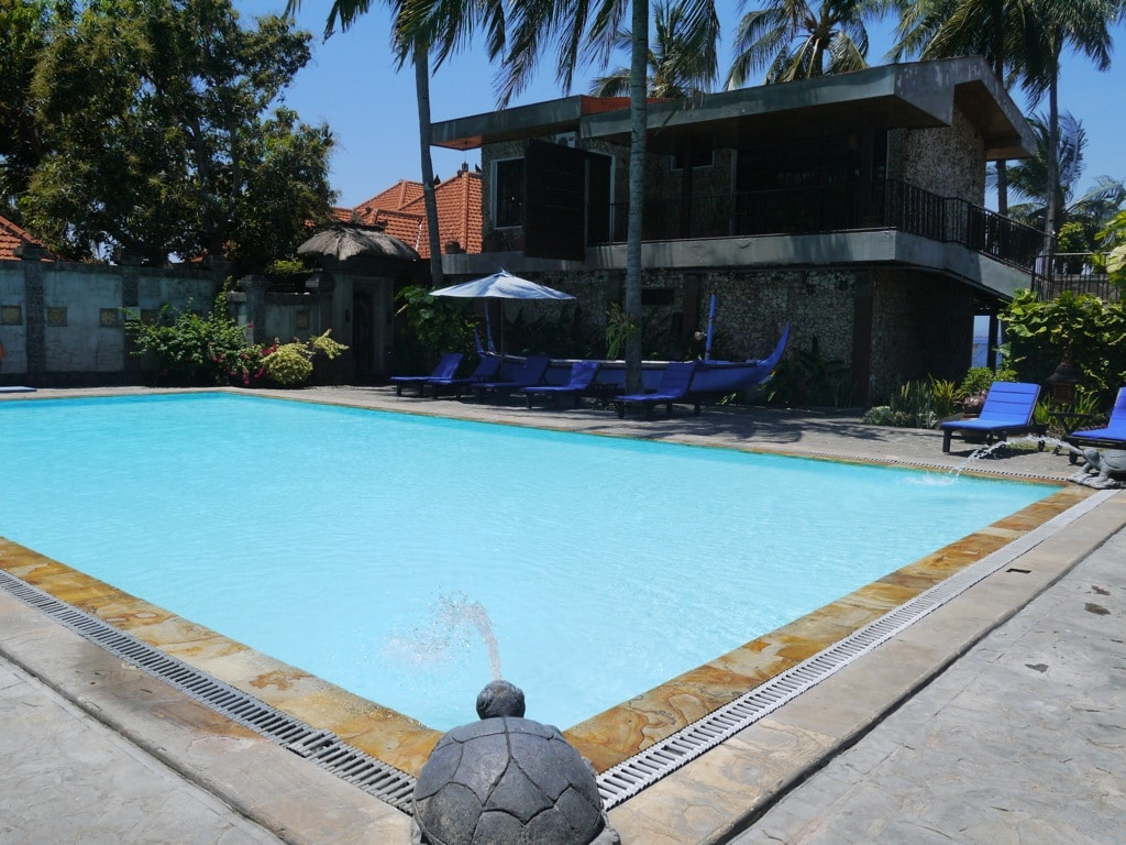 ketapang-indah-hotel-swimming-pool-3