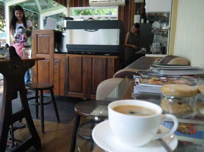 Krung Teh Cafe, Silom Soi 19