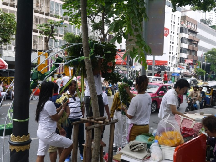 A Very Busy Silom Road