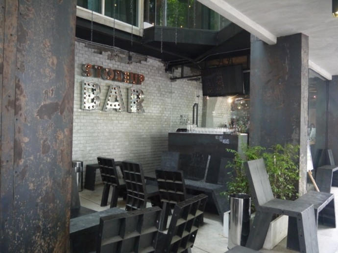 Bar Area At Thrive The Hostel - Patpong By The Belle