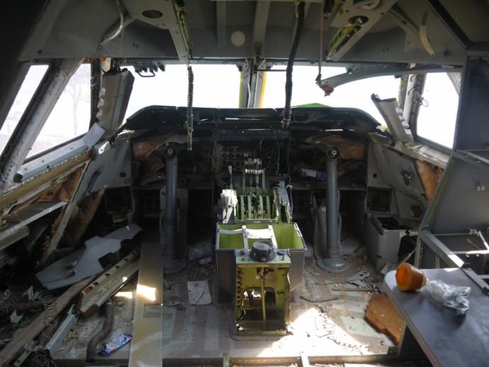Cockpit Of Bangkok's Abandoned 747 Airplane