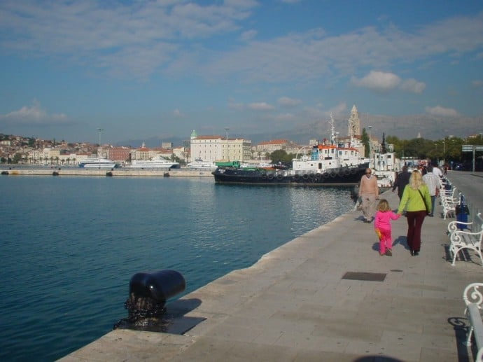 An Easy Walk From The Ferry Post To The Town Center