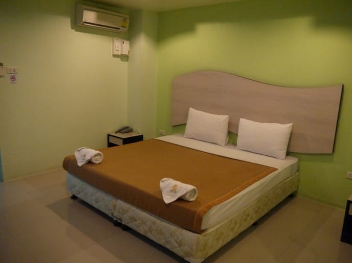Large Bed At Better Place Hotel, Ubon Ratchathani