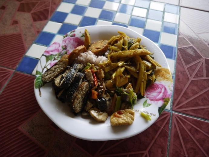 Lunch At Jay Pa Lek Vegetarian, Khon Kaen, Thailand