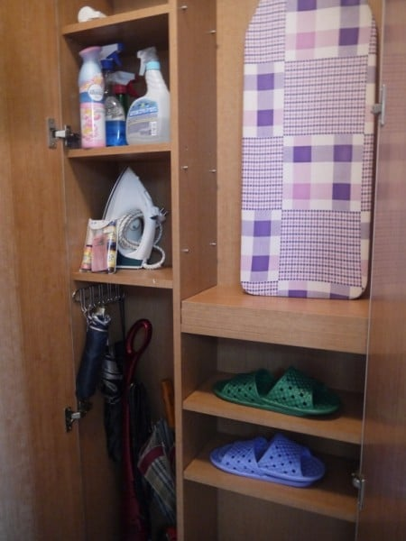 Cupboard At Charm #3 Apartment, SK Hub, Seoul