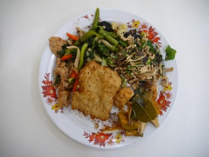 Khua Din Vegetarian Buffet, Vientiane, Laos