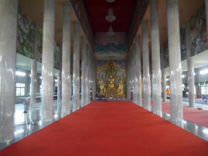 Buddha Shrine At David Beckham Temple - Wat Pariwat