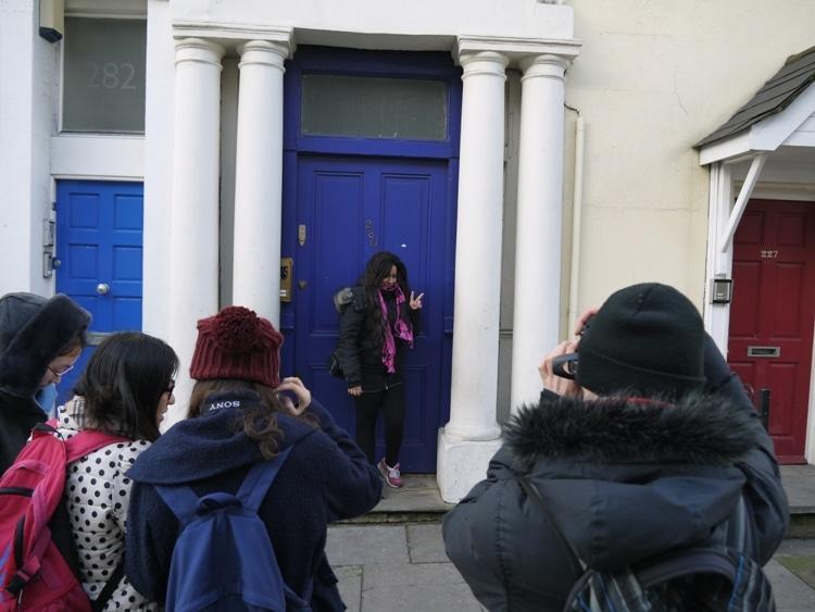 the-blue-door-notting-hill-2