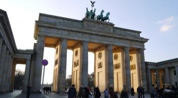 brandenburg-gate-berlin-7