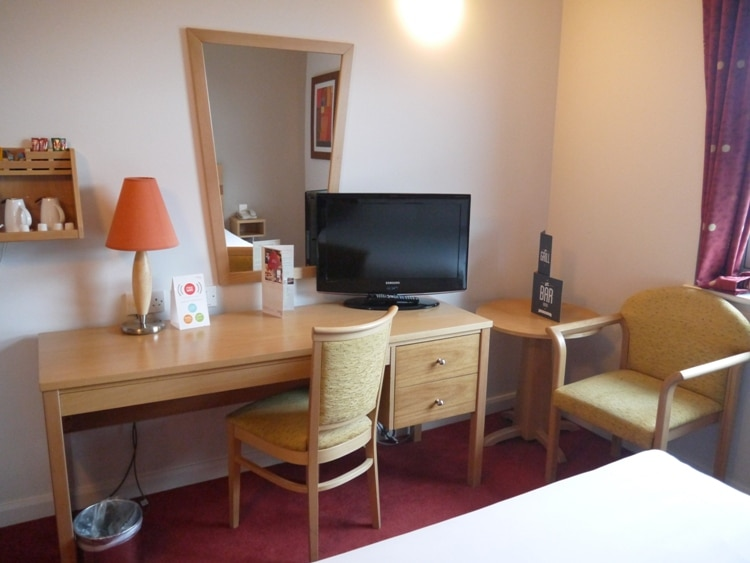 Plenty Of Space To Work At Jurys Inn, Plymouth