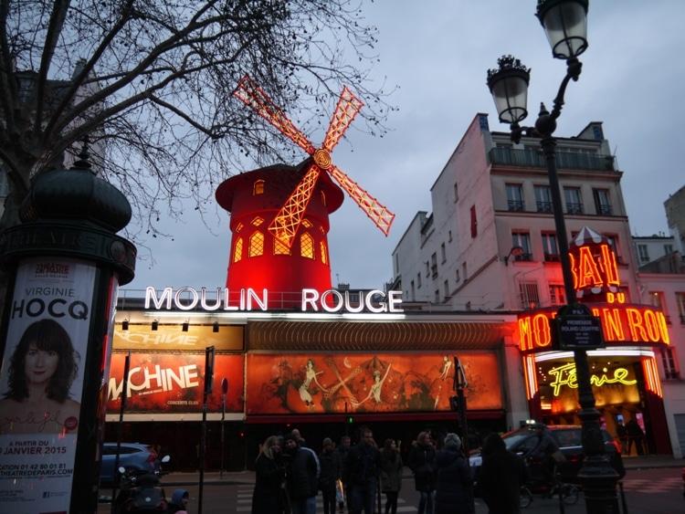 Moulin Rouge - Close To Hotel Darcet, Paris