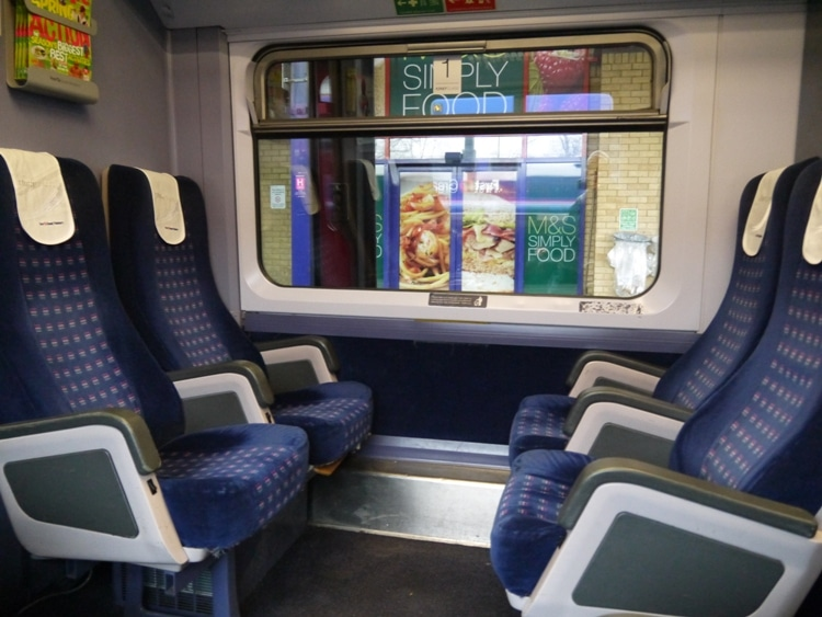 First Class Compartment On FGW's Oxford To London Train