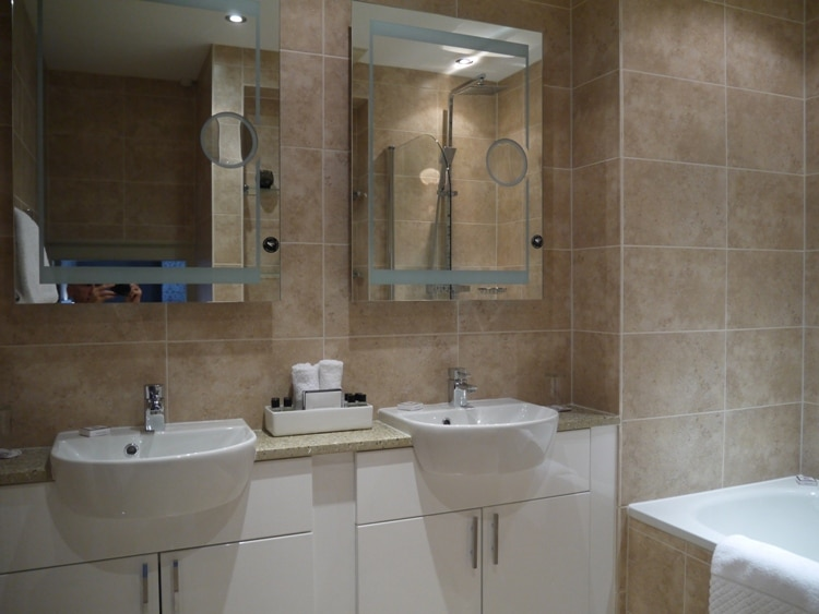 Junior Suite Bathroom At Queensberry Hotel, Bath