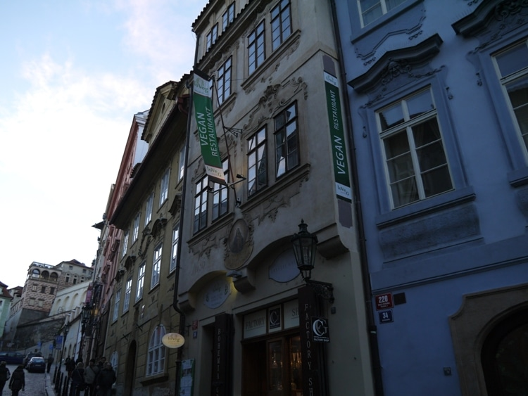 LoVeg Vegan Restaurant, Prague