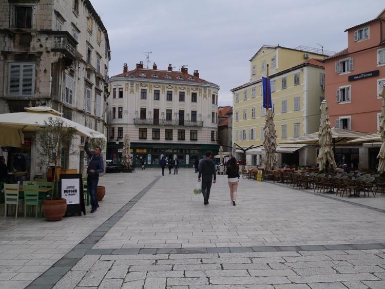 The Town Square, Split