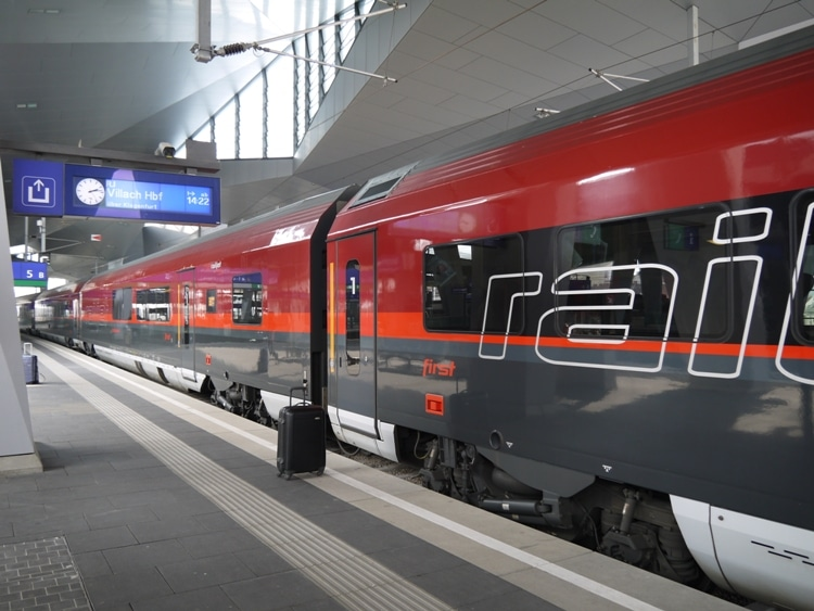 The Excellent Railjet From Vienna To Villach