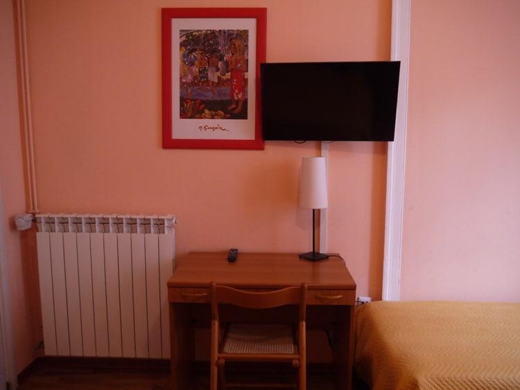Small Desk At Nuovo Albergo Centro Hotel, Trieste, Italy