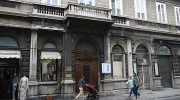 nuovo-albergo-centro-hotel-trieste-outside