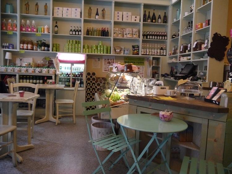 Zoe Market & Food, Vegetarian Cafe & Store, Trieste, Italy
