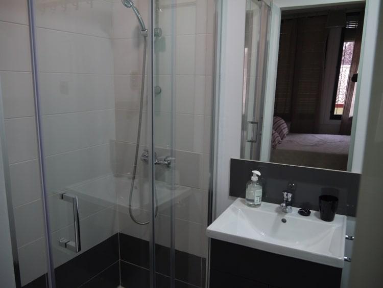Bathroom At Apartment Las Corralas de Servet, Madrid