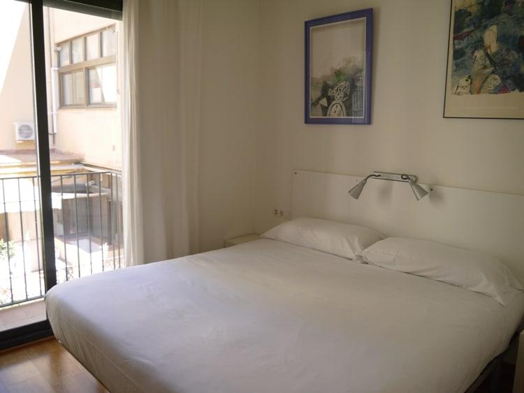 Main Bedroom At Verdi Gracia Apartment, Gracia, Barcelona