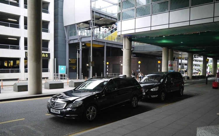 Taxis At Gatwick Airport