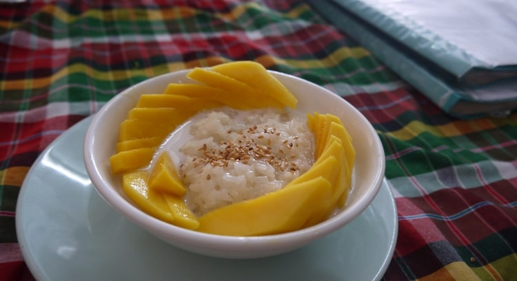 Fresh Mango With Sticky Rice At On's Thai Isaan Vegetarian Restaurant, Kanchanaburi