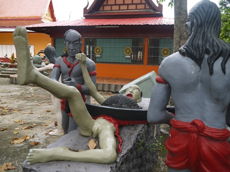 The Chicken & Monkey Temple, weird Thailand temples