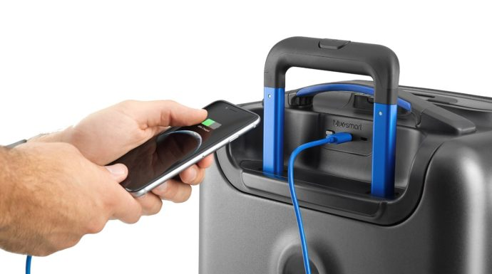 bluesmart-one-smart-luggage
